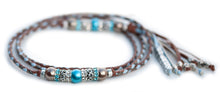 Kangaroo leather show lead in whisky, baby blue & pewter Utställningskoppel