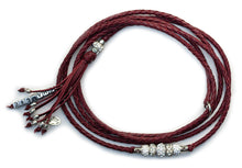 Kangaroo leather show lead in burgundy - Emoticon