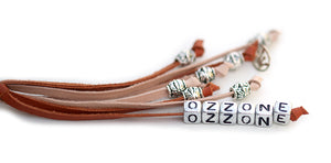 Kangaroo leather show lead in saddle tan & natural - Emoticon Kangaroo Leather Show Leads