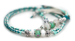 Kangaroo leather show lead in turquoise, mint & white - Emoticon Kangaroo Leather Show Leads