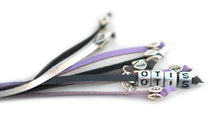 Kangaroo leather show lead in grey, lavender & silver