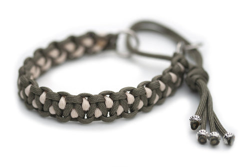 Martingale paracord collar in Khaki / Cream