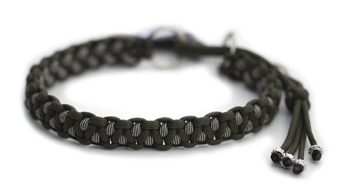 Martingale paracord collar in Olive Drab / Silver Grey & Olive Stripes