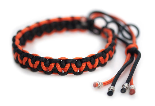 Martingale paracord collar black orange