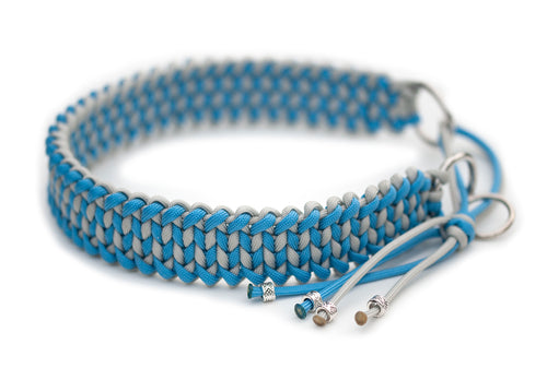 Martingale paracord collar in Silver Grey / Baby Blue