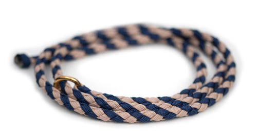 Unbrakable show lead in Marine Blue / Mocca