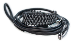 Paracord collar in Black & Steel Grey with a round leather lead