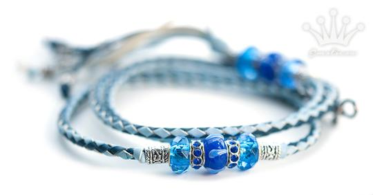 Kangaroo leather show lead in baby blue & royal blue - Emoticon