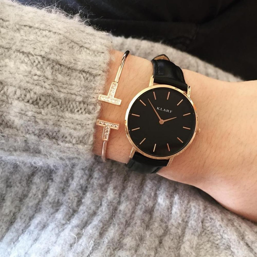 Klarf Minimalist Leather Watch | BLACK + BLACK