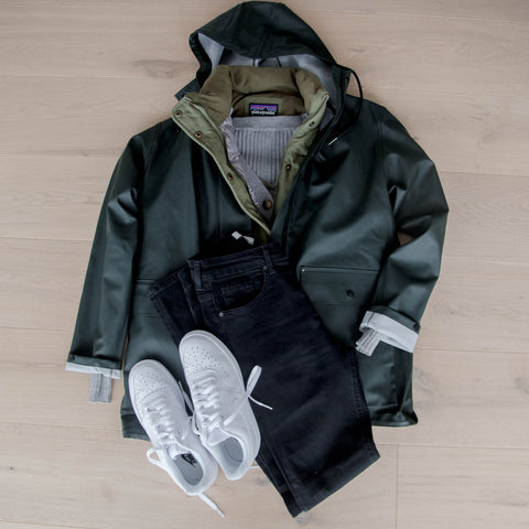 How to wear a Maxted raincoat 4