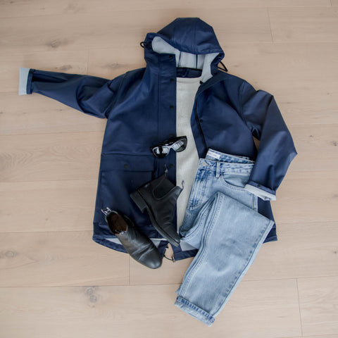 How to wear a Maxted raincoat 5