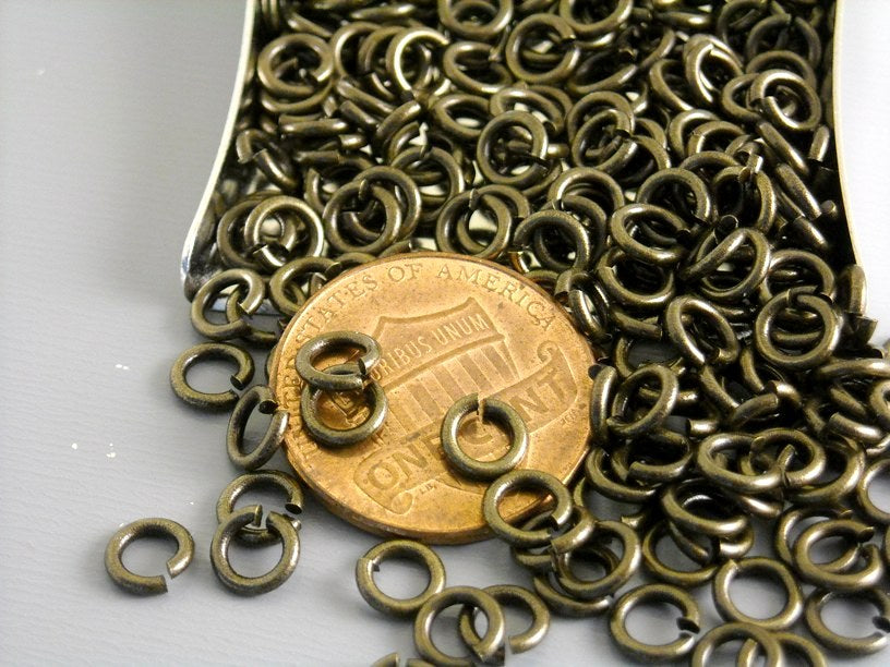 Jump Rings - Dark Antique Bronze - 5mm 20 gauge - 50 pcs