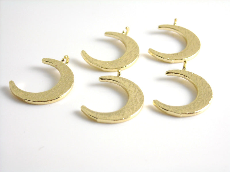 Charm - 18k Gold Plated - Crescent Shape - 16.5mm - 1 pc