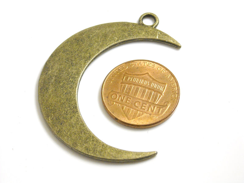 pimssupplies_crescent_moon_charm