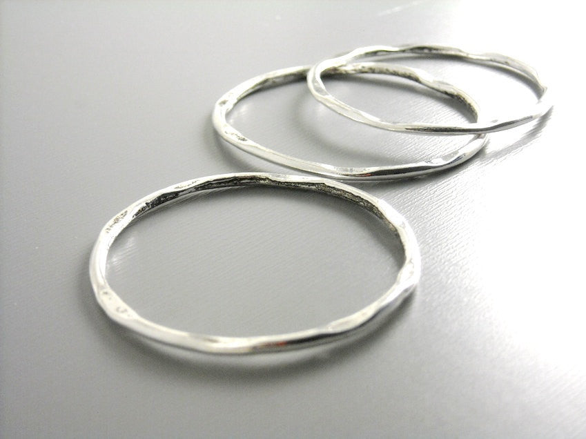 Links - Antique Silver Plated - Hammered - 41mm - 2 pcs