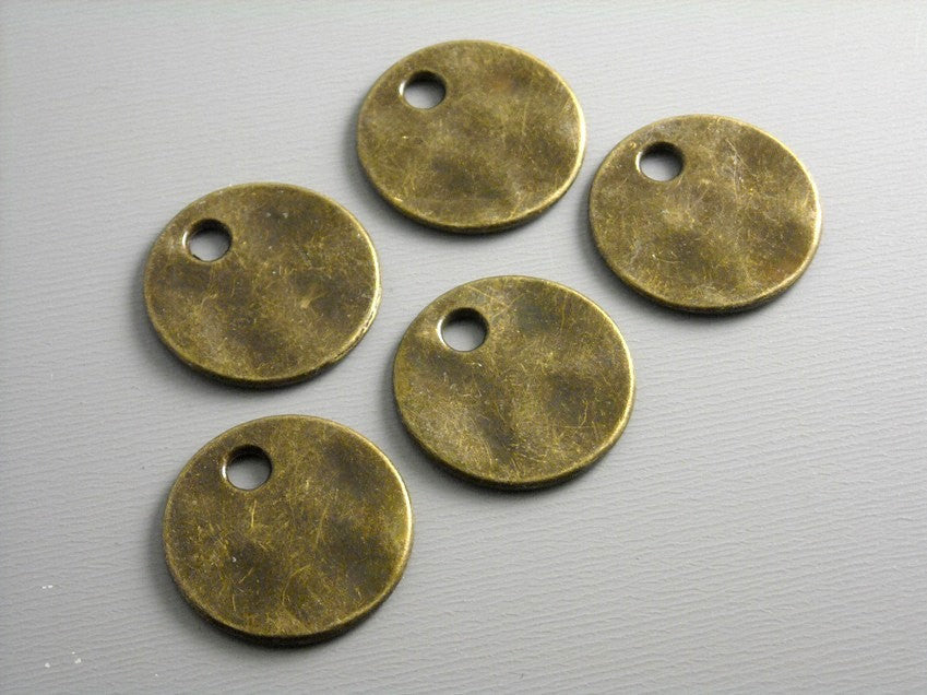 Antiqued Dark Bronze Textured Disc - 6 pcs