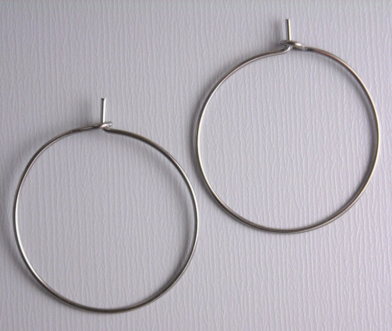 25mm Wine Hoop Earrings in Gunmetal - 20 pcs (10 pairs) - Pim's Jewelry Supplies