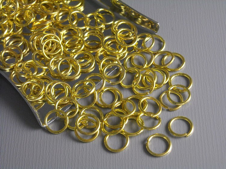 50 of 6mm Gold Plated Open Jump Rings - Pim's Jewelry Supplies