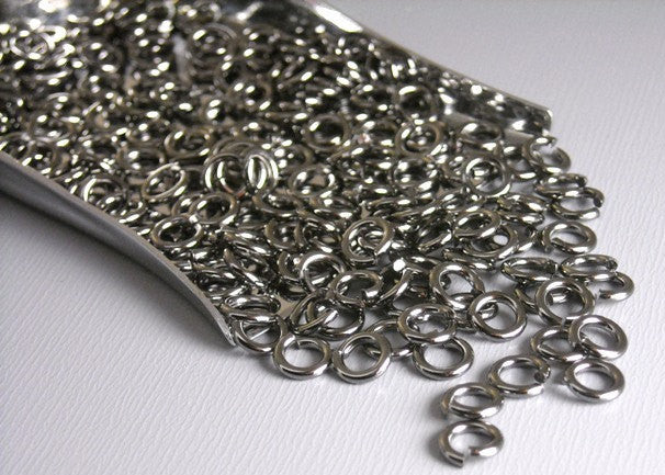 5mm Gunmetal Open Jump Rings (20 gauge) - 50 pcs - Pim's Jewelry Supplies