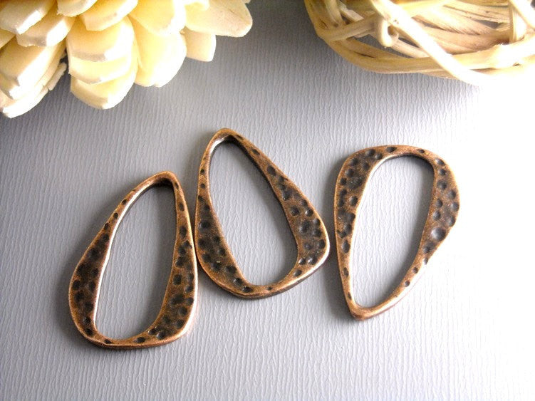 Antique Copper Textured Charm/Linking Ring - 6 pcs - Pim's Jewelry Supplies