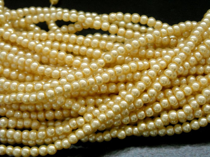 Czech Glass Pearl, Vanilla, 3mm, approx. 120 beads - Pim's Jewelry Supplies