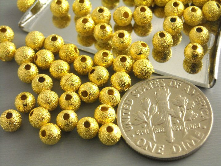 Round Stardust Brass Bead, 4mm - 20 pcs - Pim's Jewelry Supplies