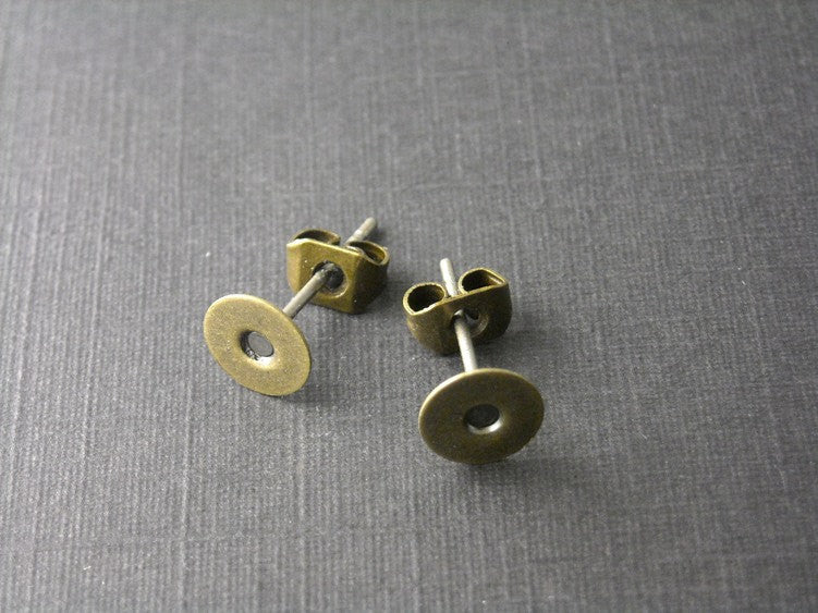6mm Antique Brass Cabochon Setting Ear Stud / Post - 20 Sets