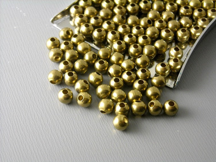 Raw Brass Bead - Seamless - 4mm - 100 pcs