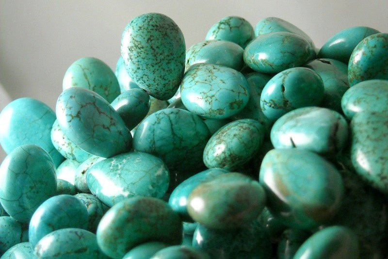 Teardrop Treated Turquoise - 18mm x 13mm - 10 pcs