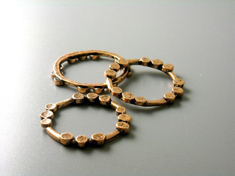 Antique Copper Circle Links Connectors - 6 pcs - Pim's Jewelry Supplies