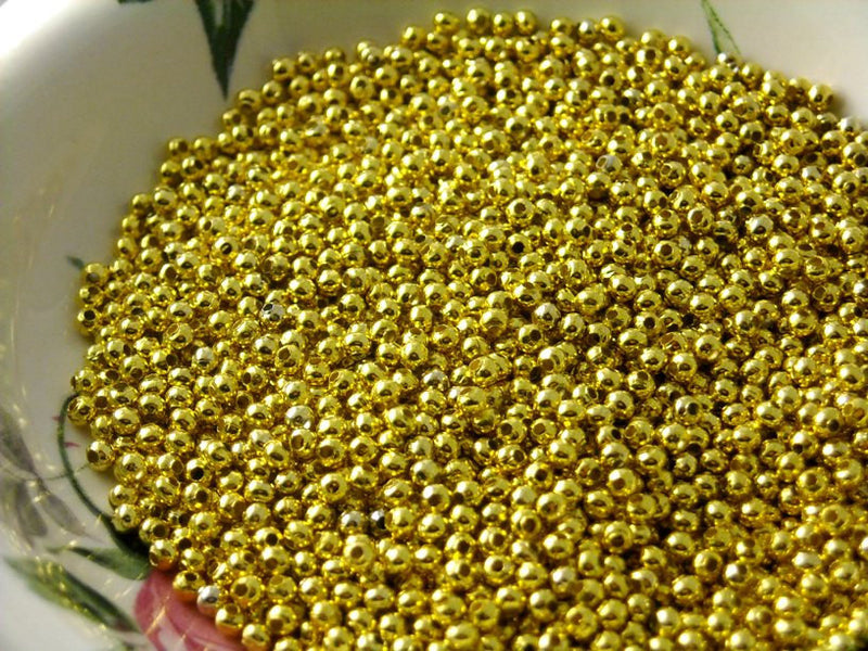 Gold Plated Brass Seed Bead, 2.4mm - 100 pcs - Pim's Jewelry Supplies