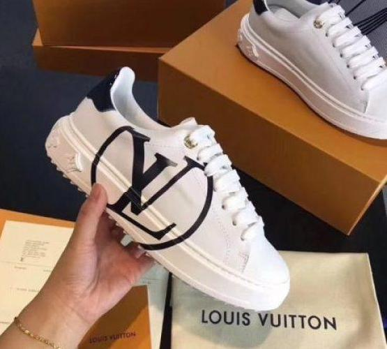 5195aab53bc 19-SS Louis Vuitton Time Out Sneakers