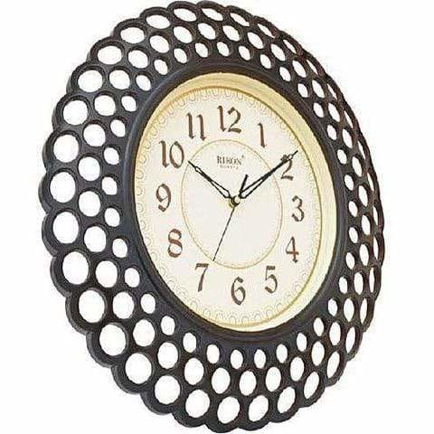 Modern wall clock in Nigeria