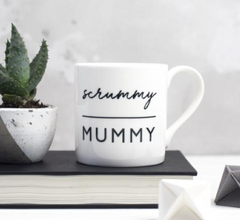Halia_Rose_mothers_Day_Gift_Guide_Bespoke_verse_Scrummy_mummy_mug