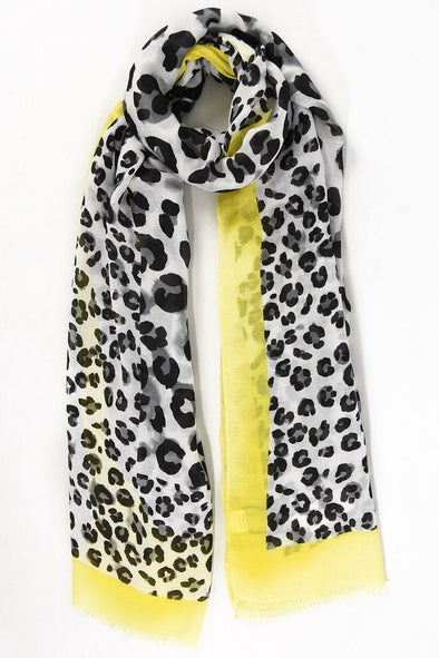 Halia_Rose_Leopard_print_scarf_yellow_trim_breastfeeding_clothing