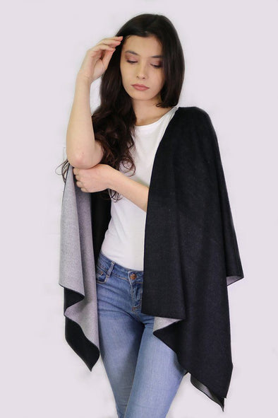 Halia_Rose_Monochrome_Black_Grey_Cape_Breastfeeding_maternity_gifts_for_mum_christmas_gifts_for_mum