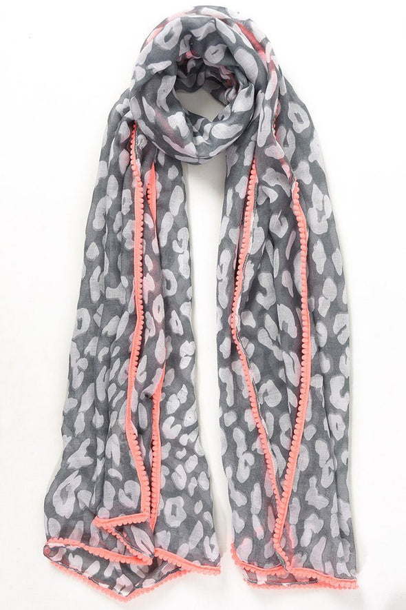 Halia_Rose_Leopard_print_grey_scarf_peach_pompom_trim_breastfeeding_clothing