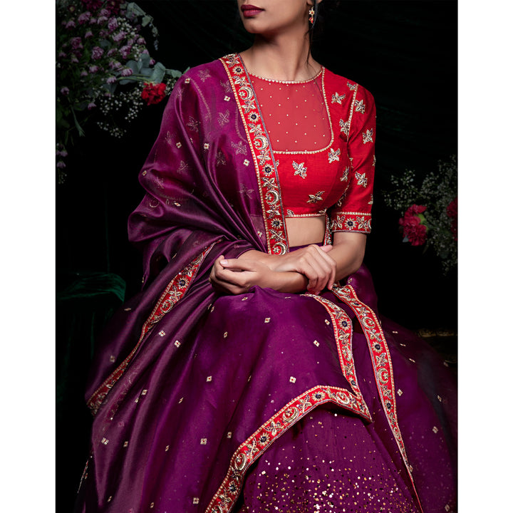 'Twilight Lily' silk organza dupatta with zardozi hand embroidery