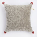 Projektityyny Handmade, cruelty free, vegan cushion in grey cotton velvet with star design and pink pom poms