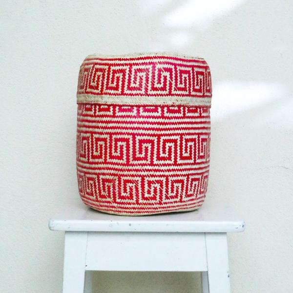Handmade, ethical and sustainable palm basket from Mexico - Medium Red