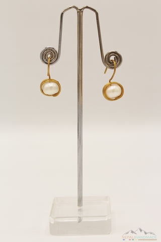 CIRCULAR WIRE WRAPPED PEARL DROP EARRING