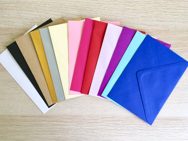 colour envelopes for save the dates