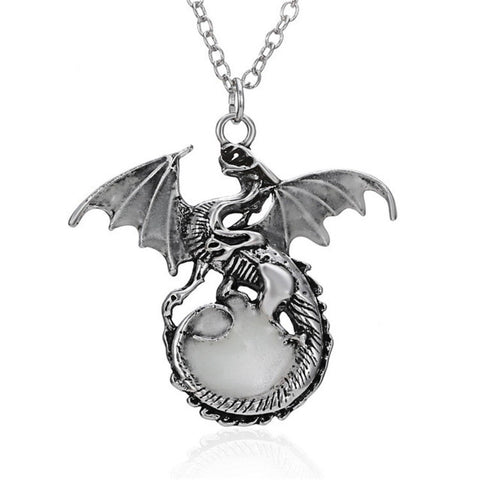 *FREE* Glow In The Dark Dragon Pendant Necklace
