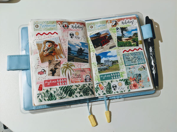 Holiday journalling in my Hobonichi