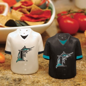 Florida Marlins Salt and Peper Shakers Gameday Jersey - The Memory Company