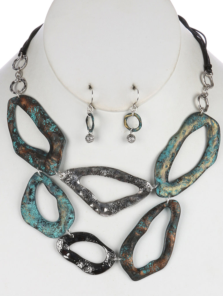 Black Hammered Cutout Metal Layered Bib Necklace And Earring Set