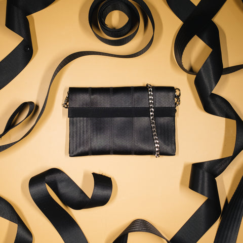 Bombom seatbelt Clutch Bag - From Belo