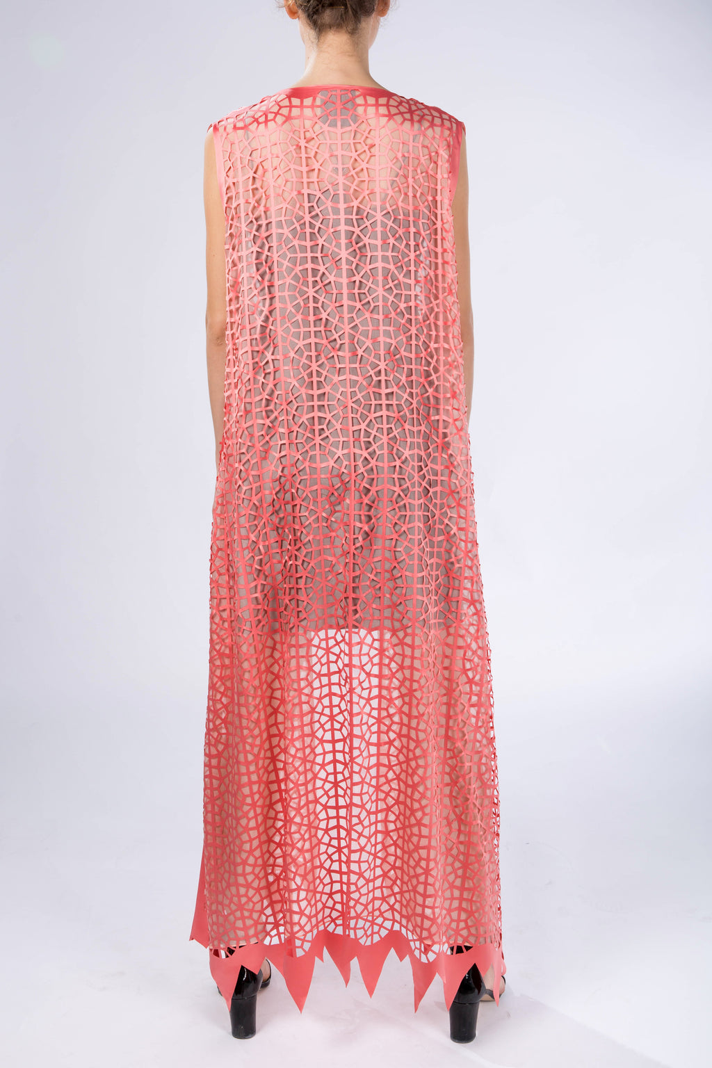 "Kaftan without sleeves ""Light Modern Vitrage"", Salmon Orange, back view, studio"