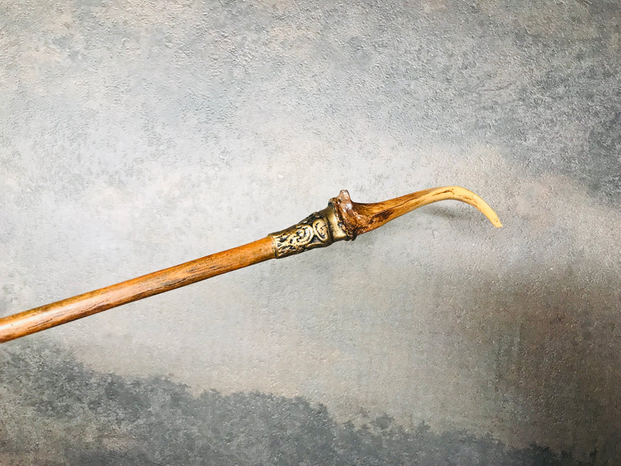The Alchemist's Handcrafted Wand