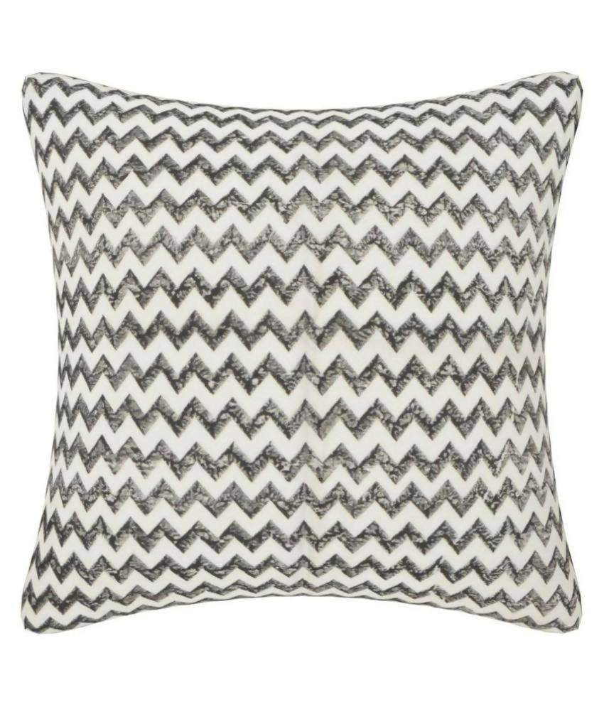 Myyra Black Cotton Cushion Cover